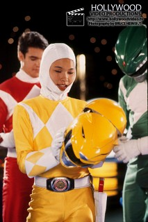 Amy jo johnson mighty morphin power rangers s1e12 - 2 8